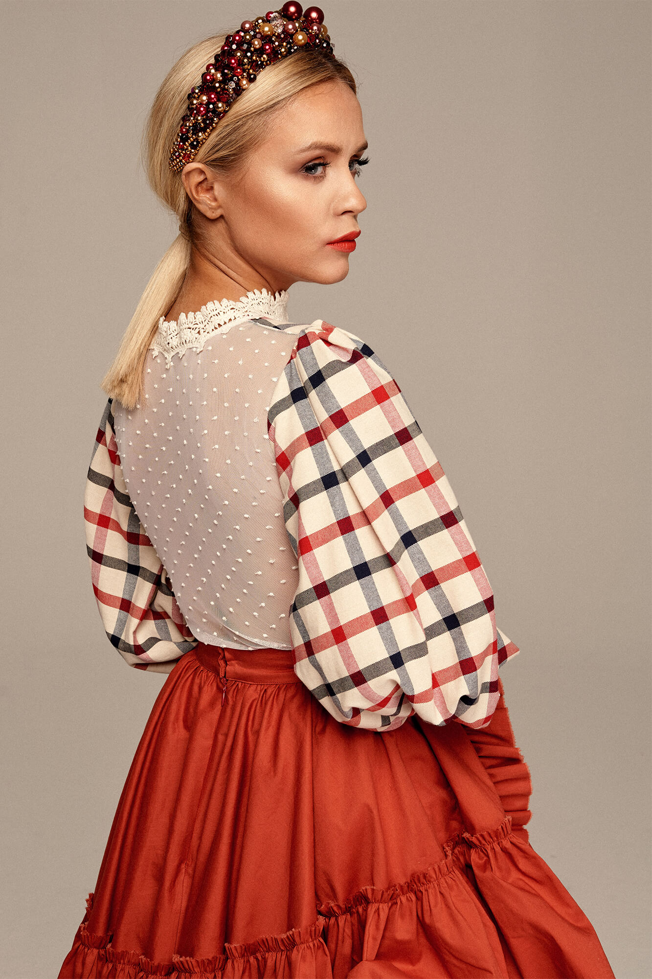 Plaid blouse with long sleeves no. 4 Haute Couture collection Haute Couture 4