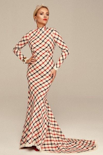 Dopasowana suknia z odkrytymi plecami no. 3 Haute Couture collection Haute Couture 3