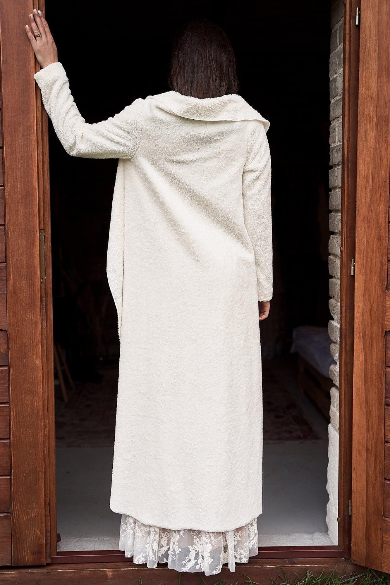 Bolerko - narzutka ślubna ciepła w kolorze ecru