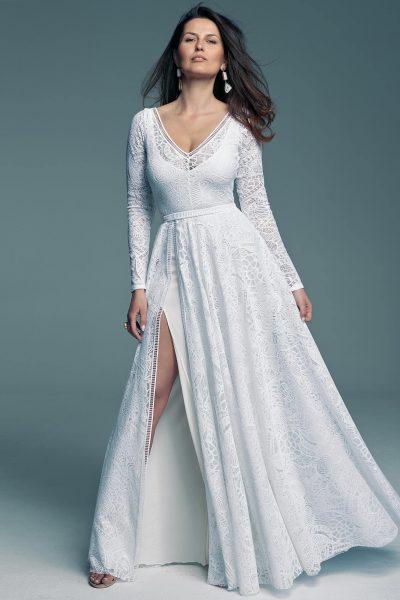 Suknia ślubna połączenie klasyki i frędzli wziętych ze stylu boho Santorini 8