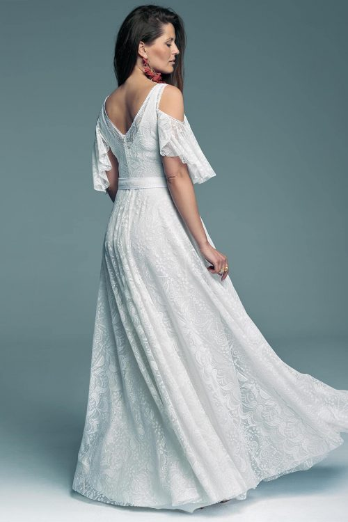 Wedding dress with uncovered arms, but with sleeves Porto 59