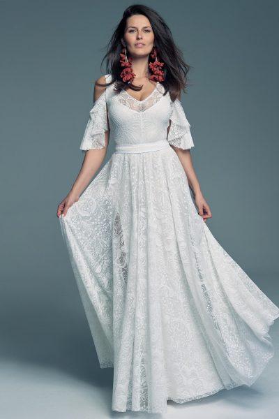 Suknia ślubna z odkrytymi ramionami ale z rękawkiem Porto 59