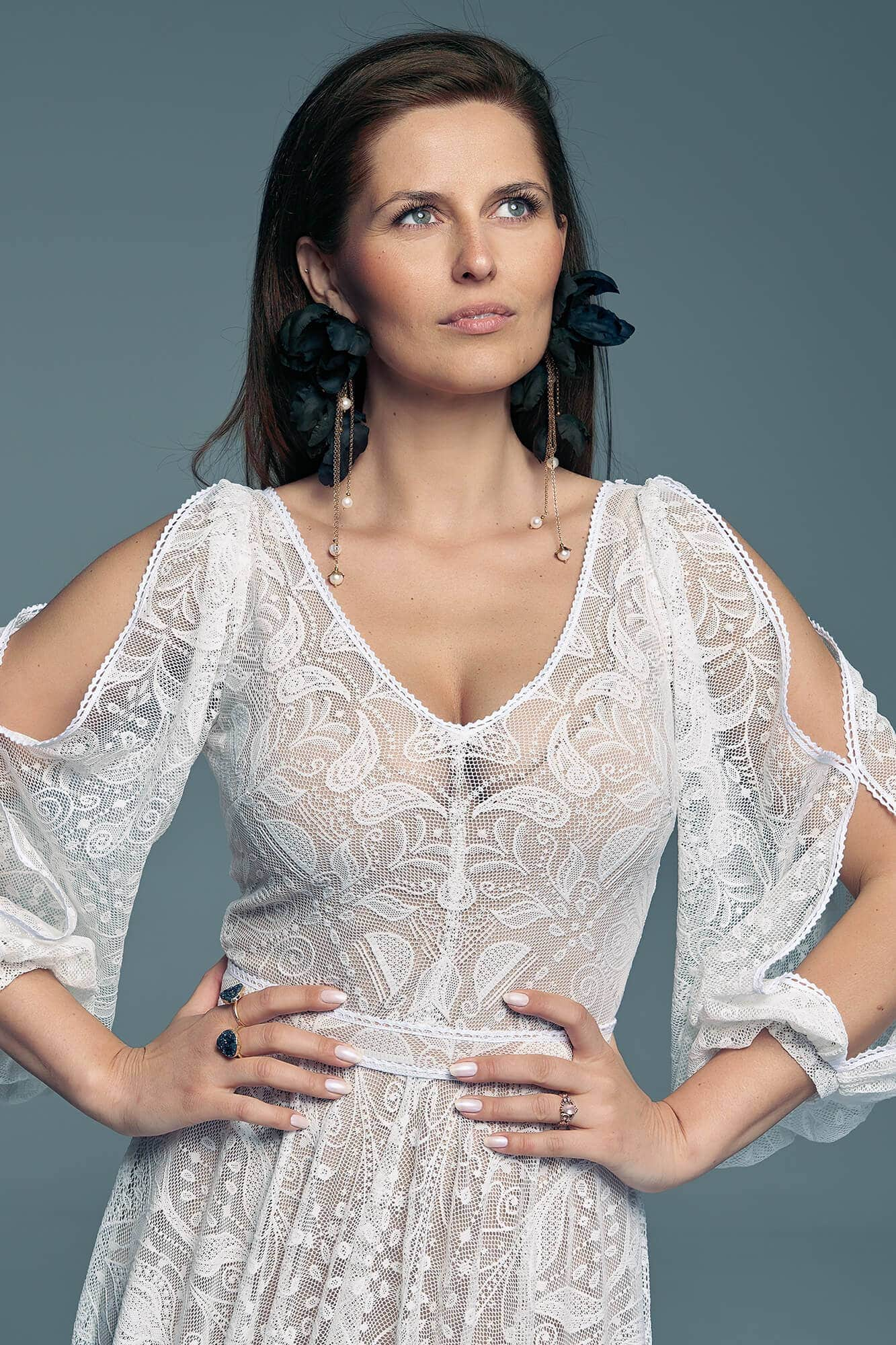 Wedding dress for a bride who does not want long sleeves Porto 56