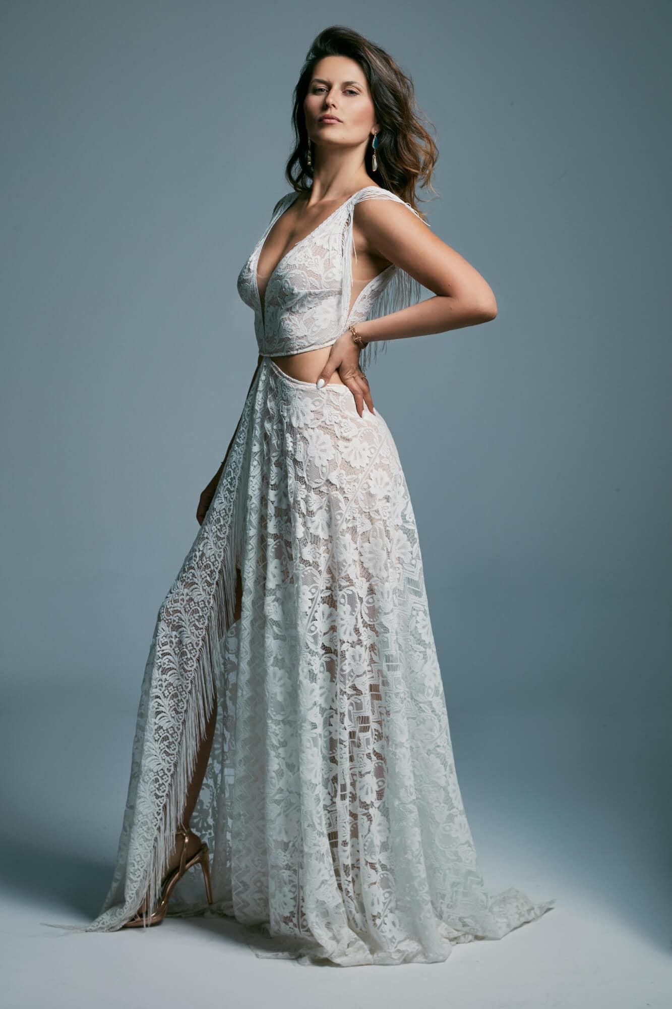 One of a kind, extravagant wedding dress. Porto 43