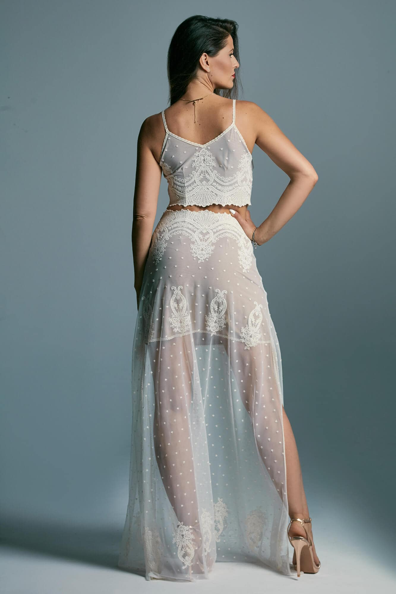 Oryginalna, dwuczęściowa suknia ślubna, delikatna niczym mgiełka Barcelona 7