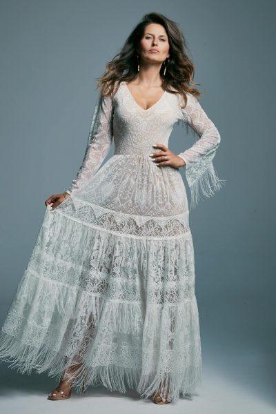 Suknia ślubna z długim, zdobionym rękawem i spódnicą z frędzlami Porto 7