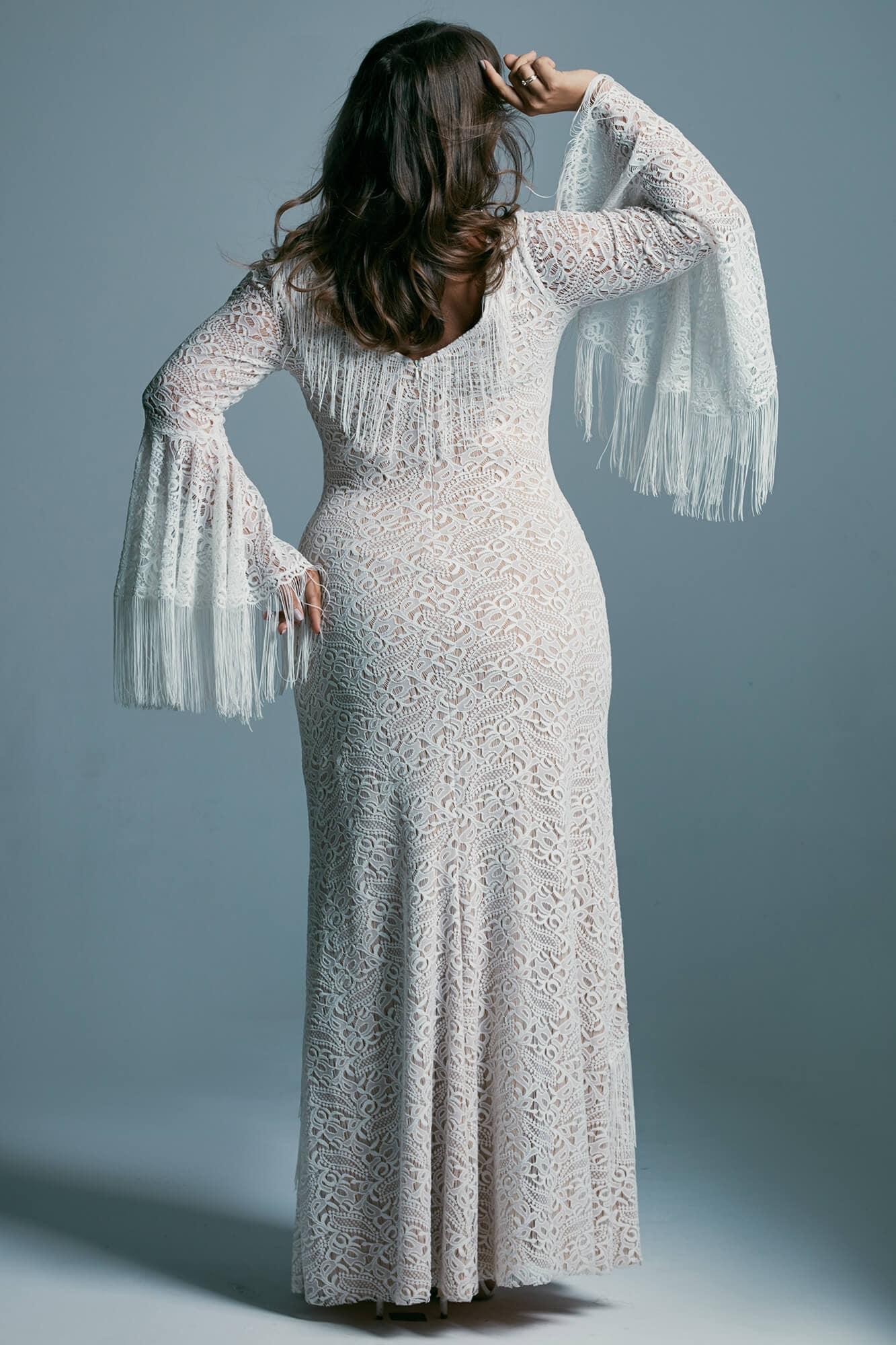 Podkreślająca sylwetkę suknia ślubna plus size w kształcie rybki Porto 46 plus size
