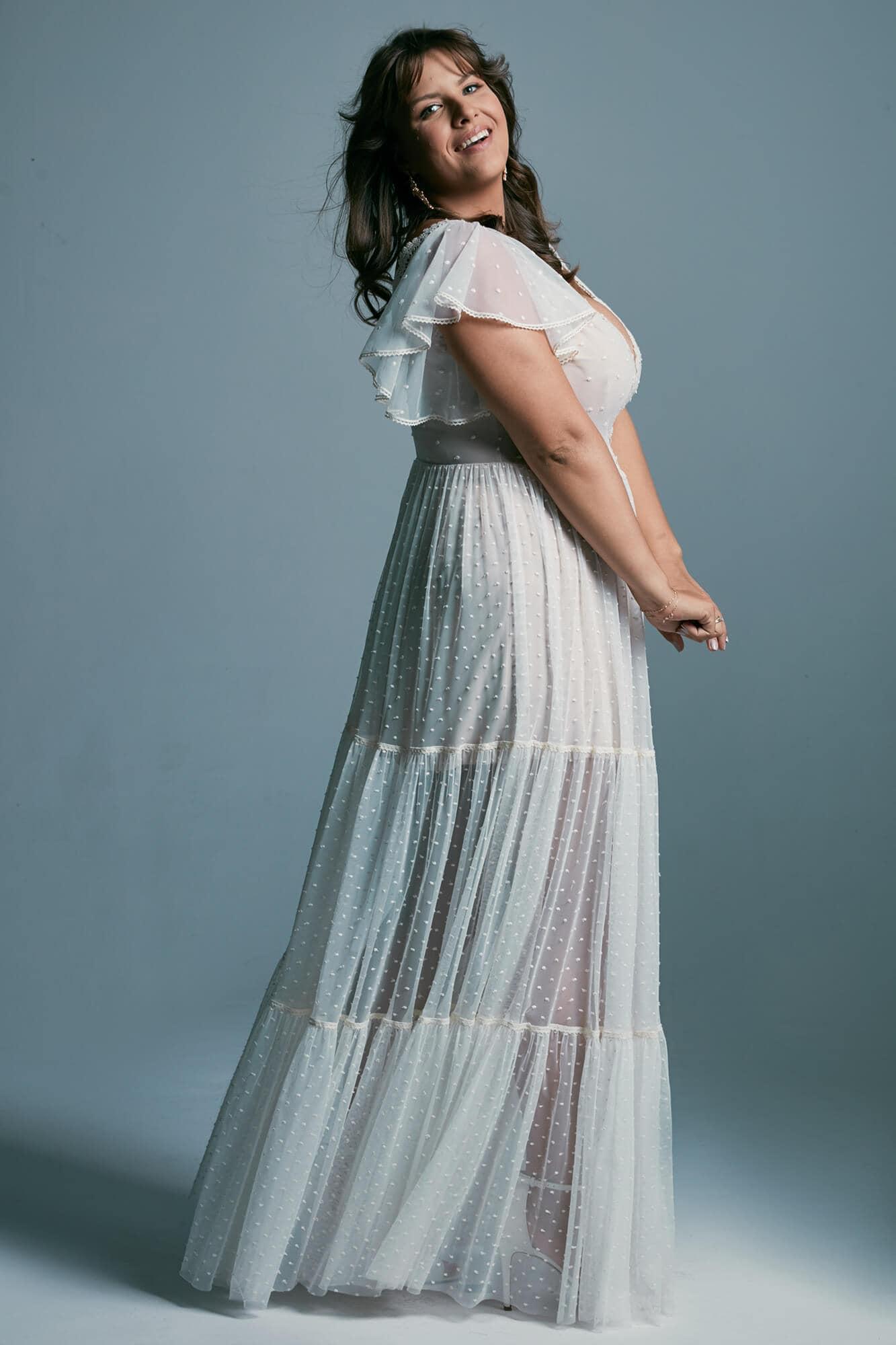 Suknia śluba plus size romantyczna z piętrową spódnicą w stylu boho Barcelona 16 plus size