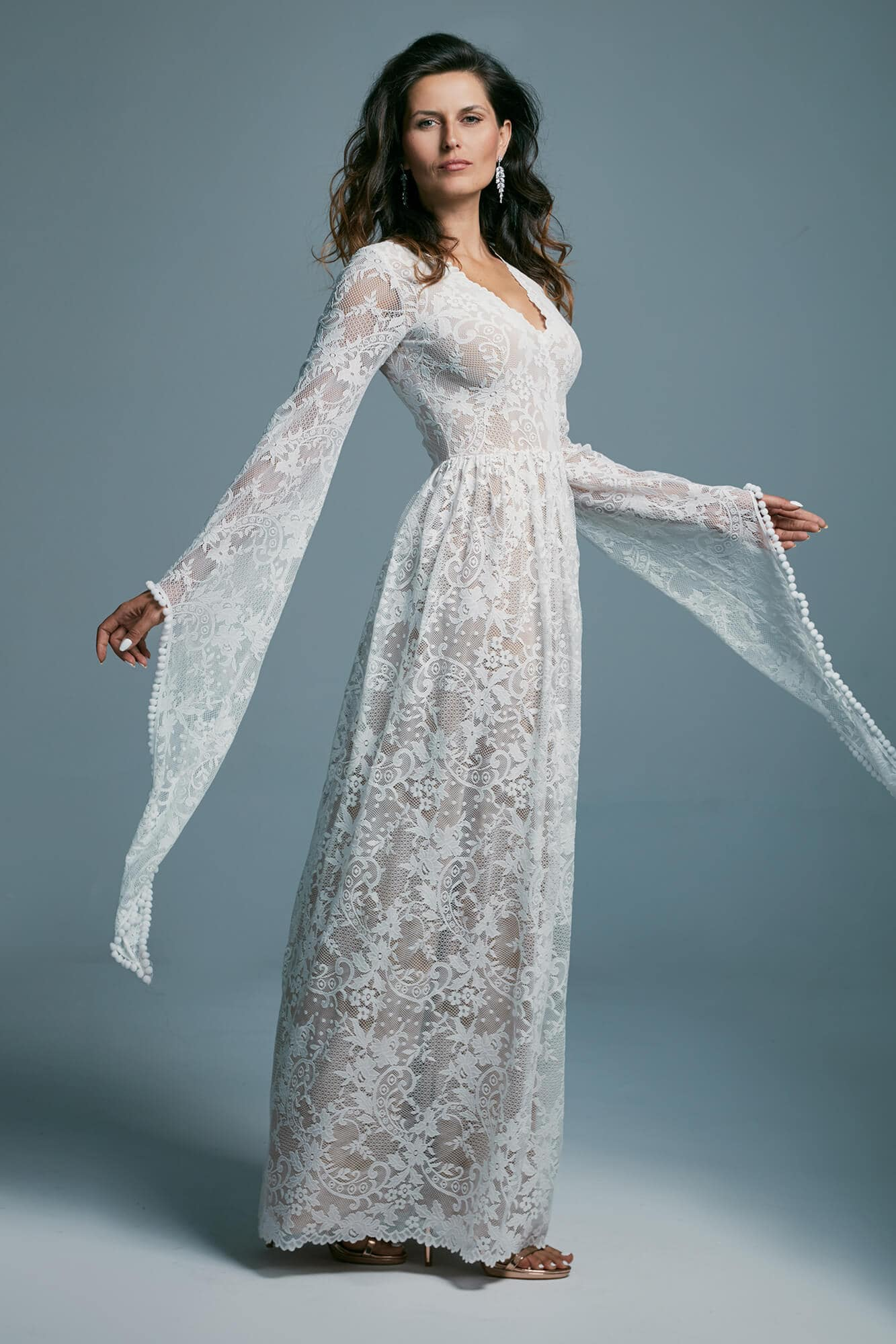Lace boho style wedding dress with fairy sleeves Porto 17