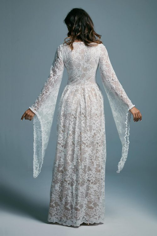 Lace boho style wedding dress with fairy sleeves Porto 17