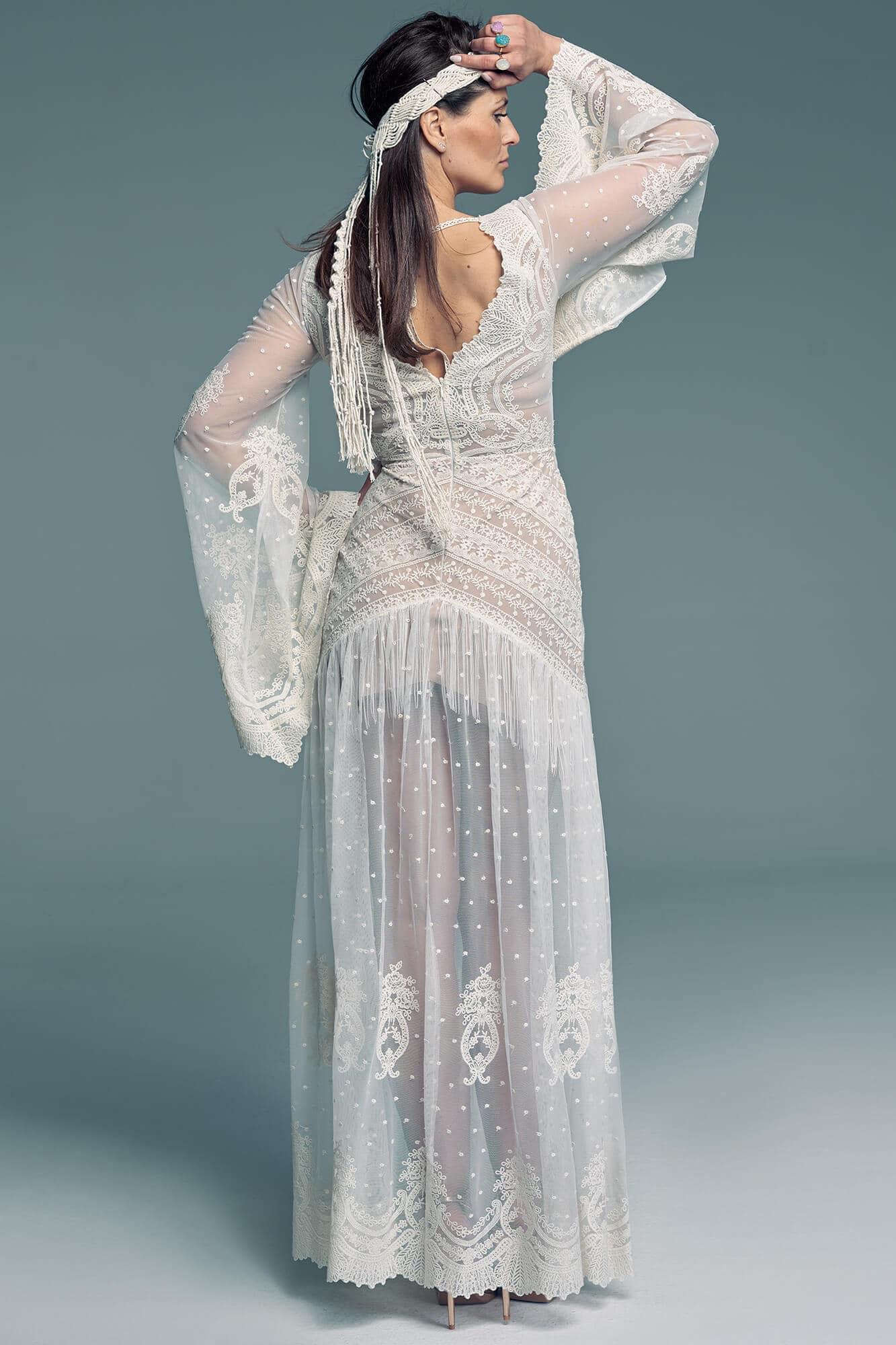 Hipisowska suknia ślubna w stylu lat 80 Barcelona 26