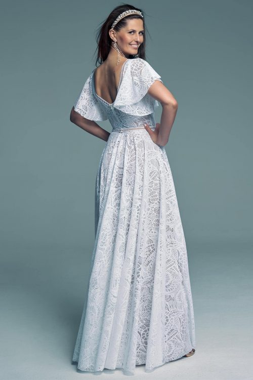 Wedding dress revealing the back delicately with a beautiful lace Santorini 16