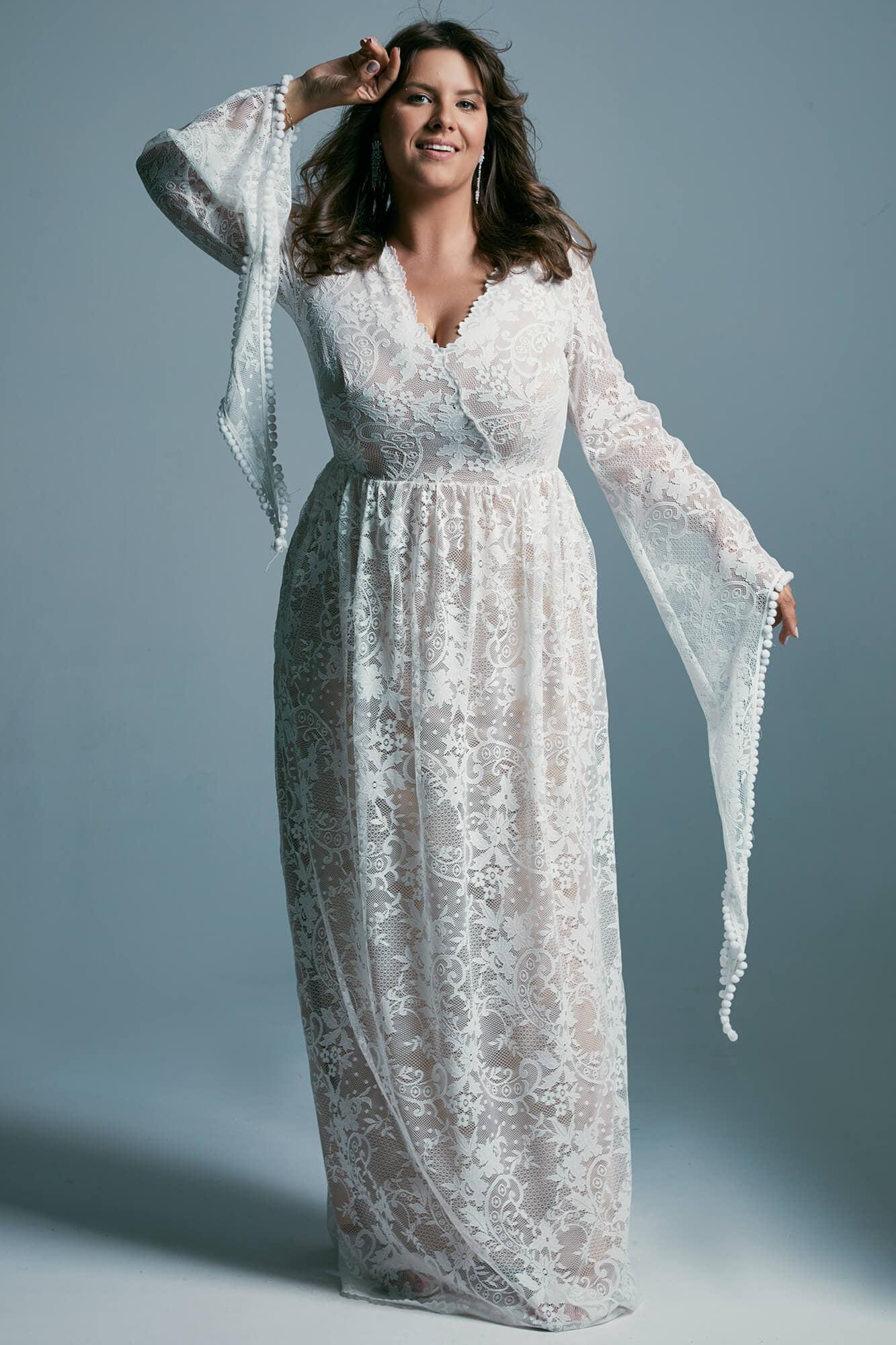 Bajkowa suknia ślubna plus size o wyglądzie wróżki z długim rękawem Porto 17 plus size