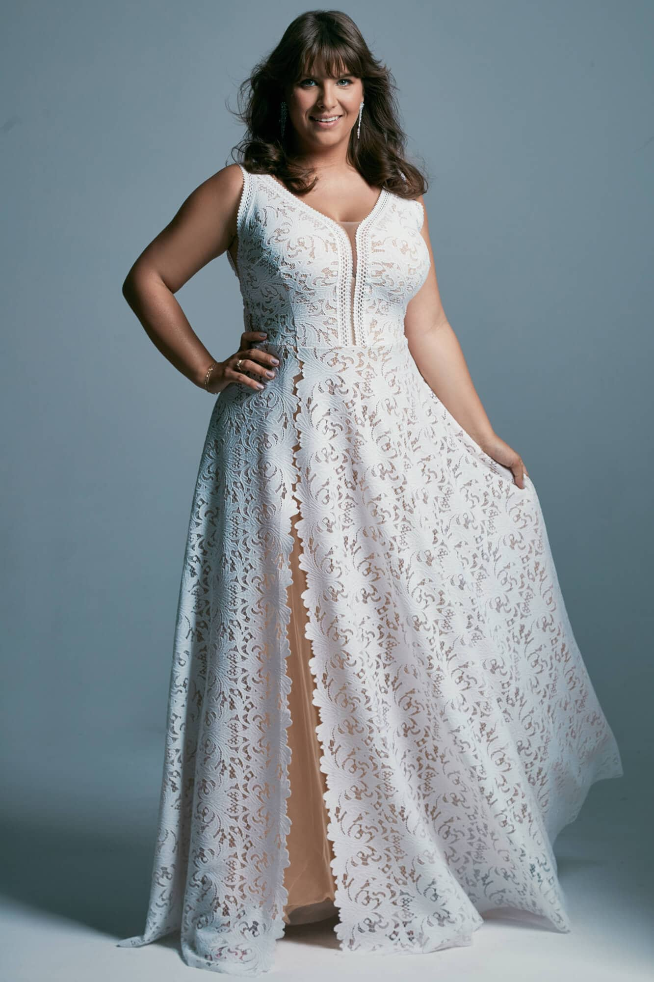 Feminine plus size wedding dress in warm white color Santorini 1 plus size