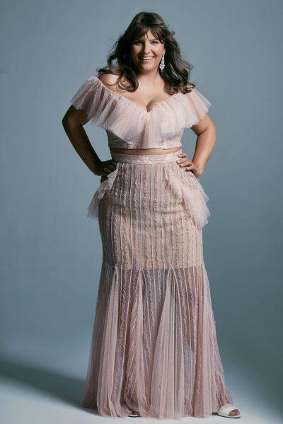 Temperamentna suknia ślubna plus size w pudrowym różu Venezia 6 plus size
