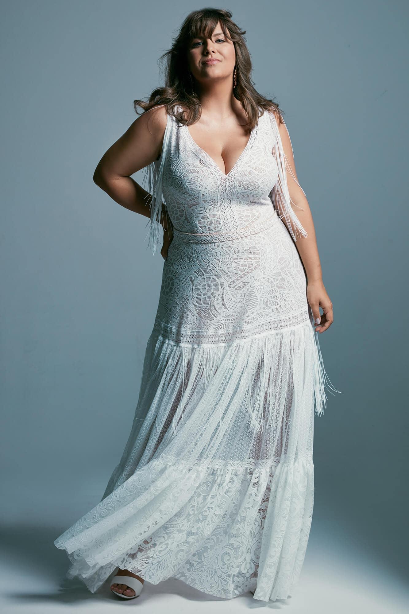 Suknia ślubna plus size z pięknej koronki w stylu boho Santorini 5 plus size