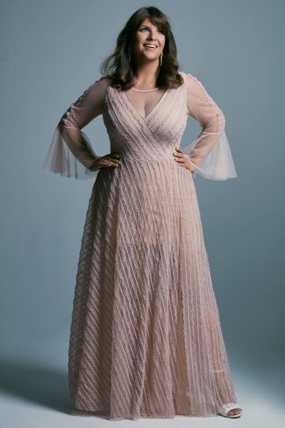 Plus size tulle wedding dress with bell-shaped sleeves Venezia 2 plus size