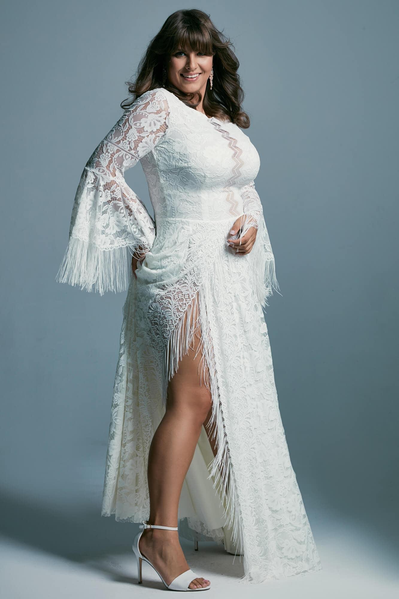 Plus size boho wedding dress with extended sleeves Porto 51 plus size