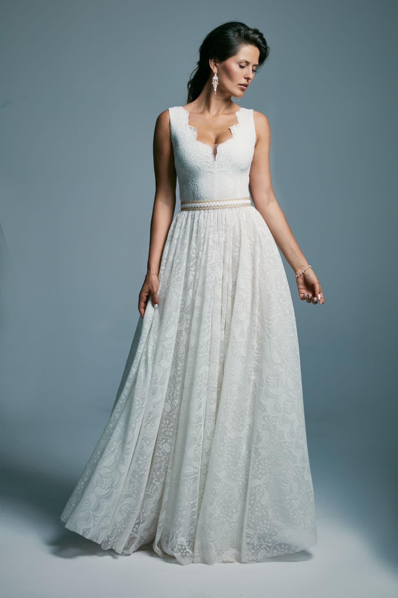 Suknia ślubna princessa, księżniczka ze złotym paskiem Porto 41