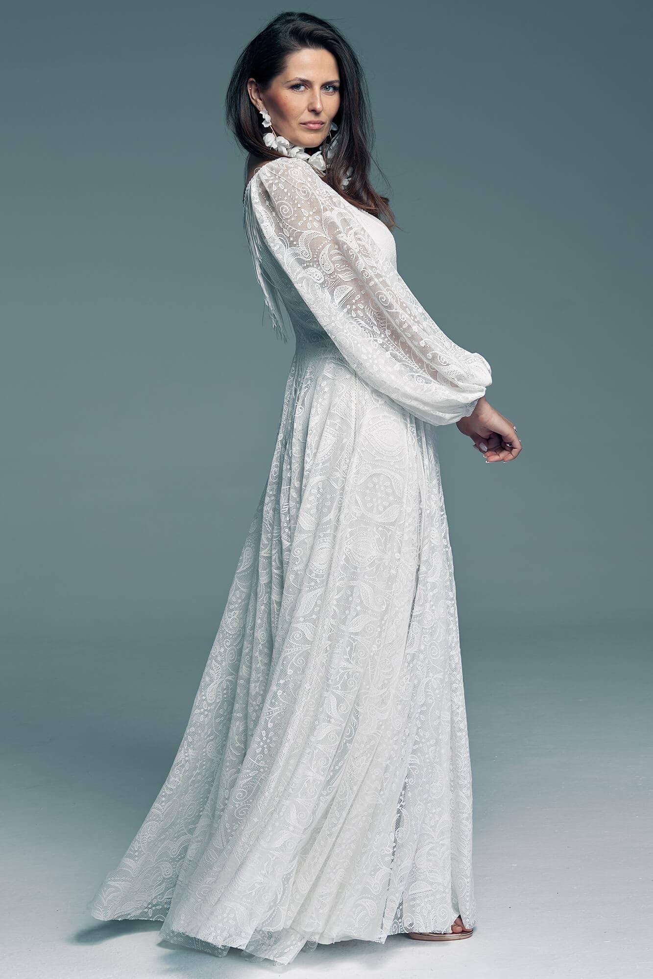 Wedding dress with beautiful wide sleeves Porto 55