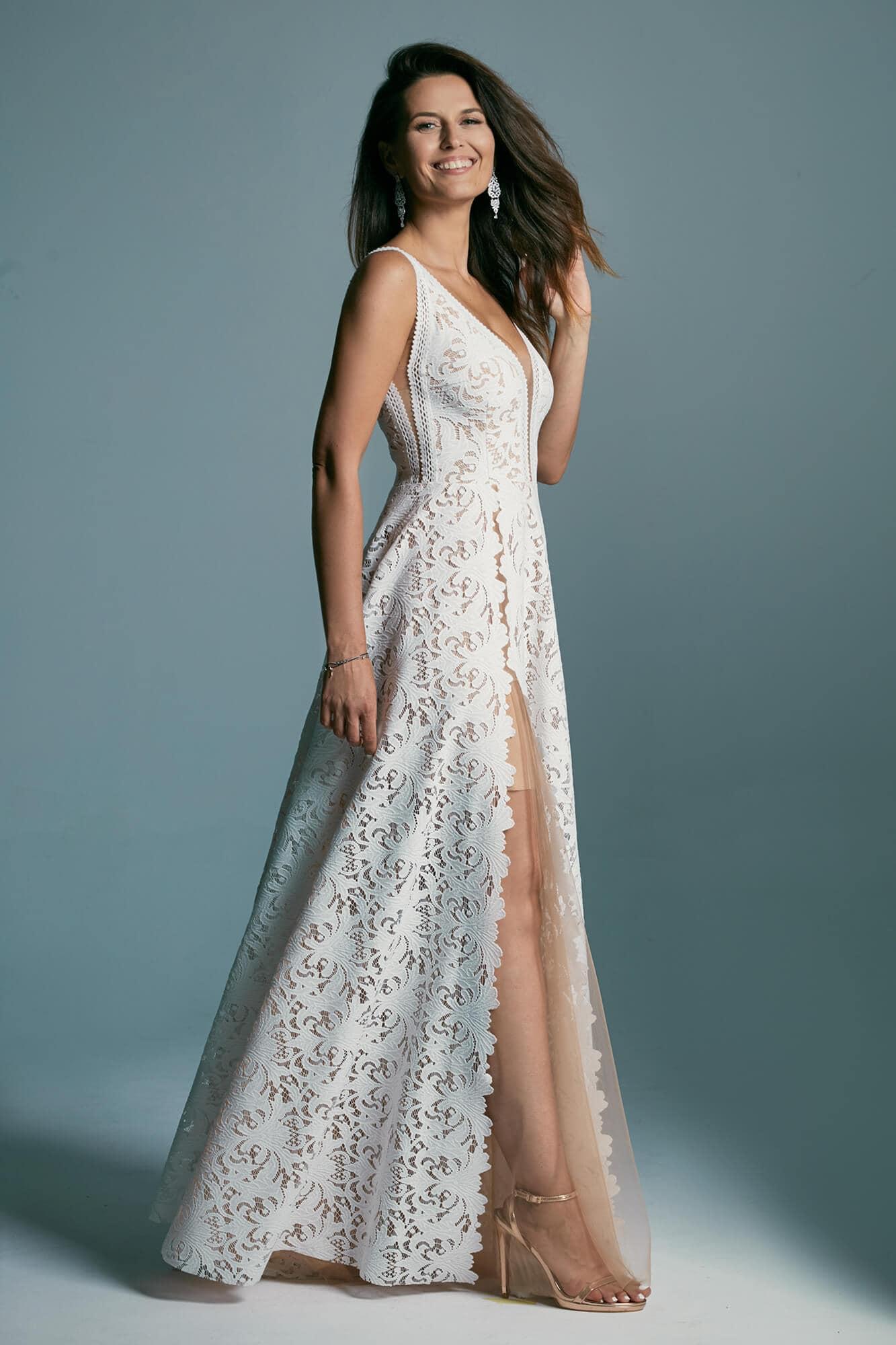 A classic-style wedding dress in warm white Santorini 1