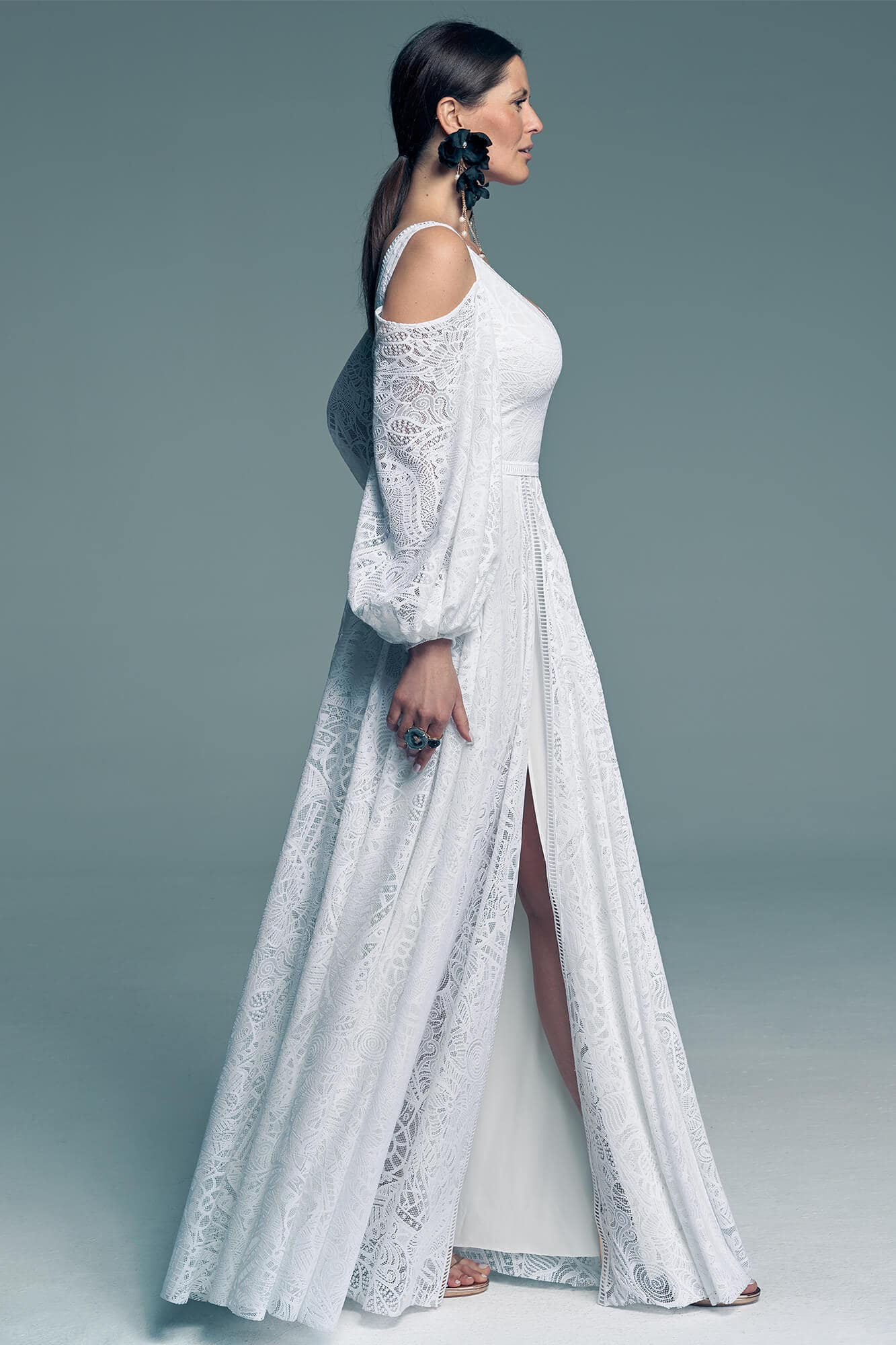 Wedding dress which is simple and elegant at the same time Santorini 14