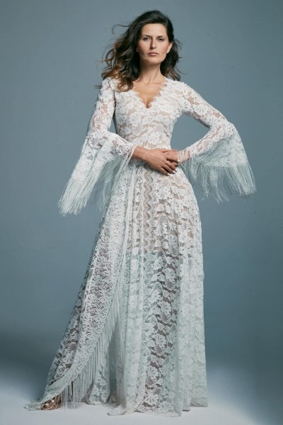 An airy wedding dress with a V-neck and decorated sleeves Porto 44