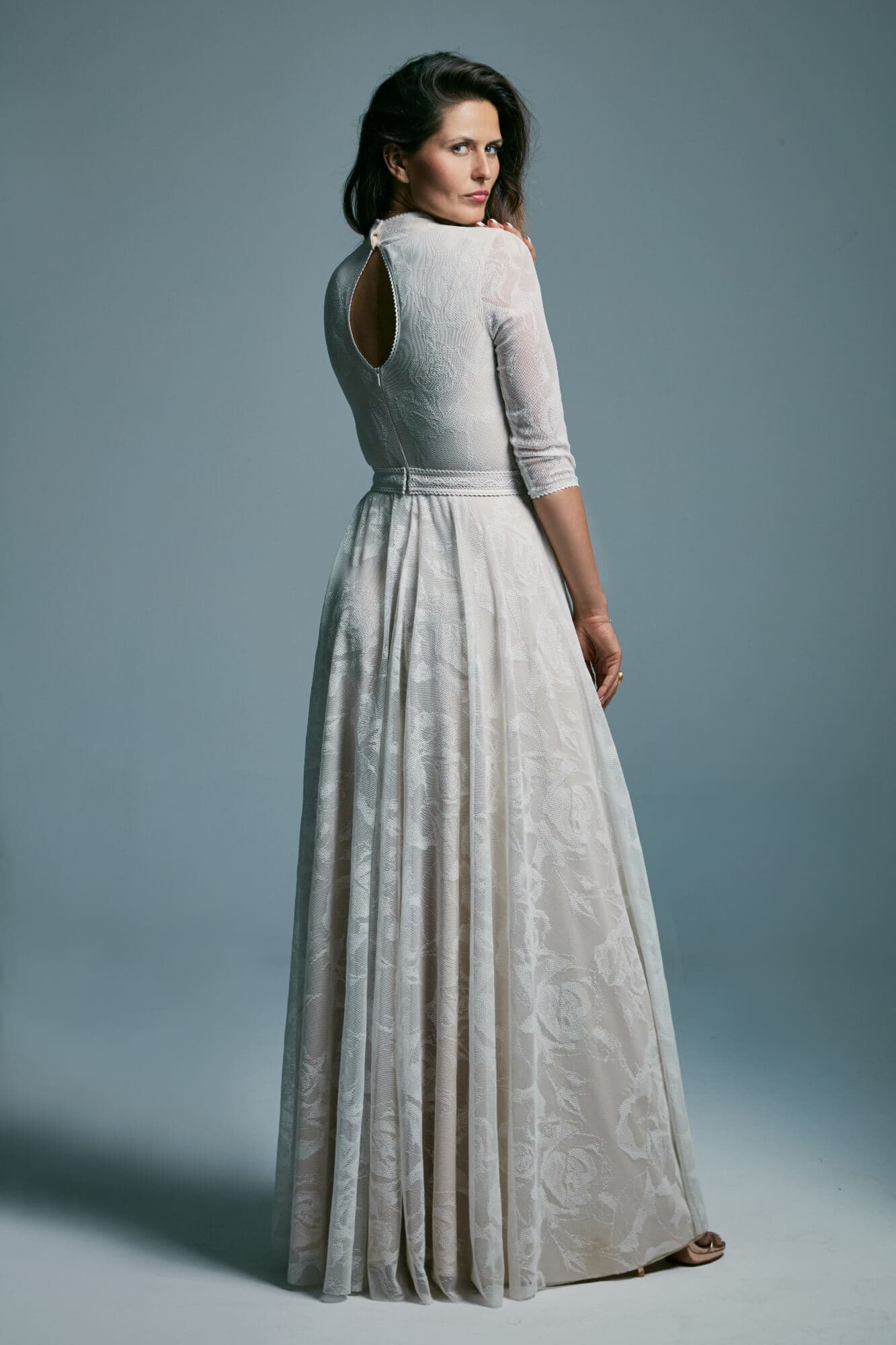 Victorian style wedding dress with 3/4 sleeves and stand-up collar Porto 37