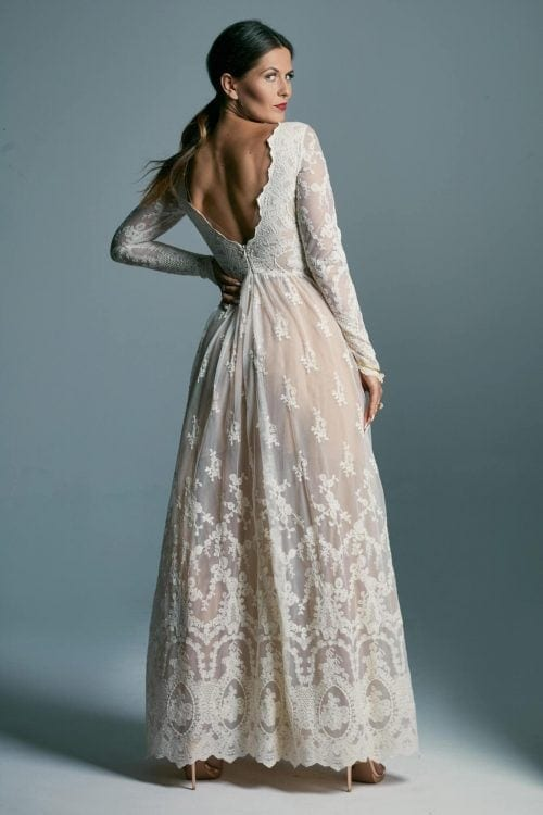 Conservative, subdued wedding dress with long sleeves Barcelona 6