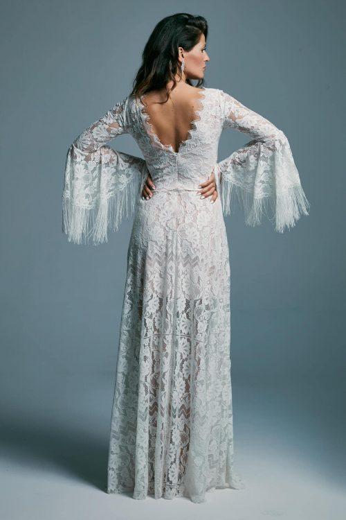 Suknia ślubna z rozcięciem z boku, zdobiona frędzlami Porto 39