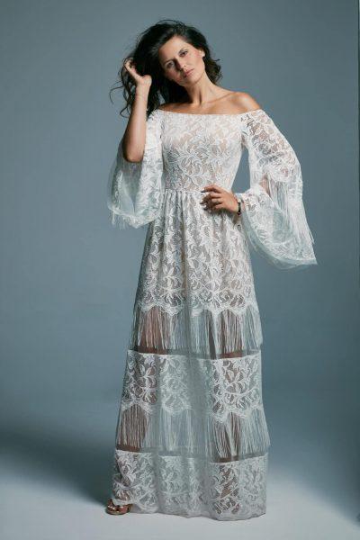 Zsuwana z ramion suknia ślubna dla odważnej panny młodej Porto 49