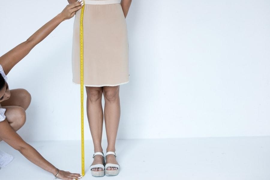 zbieranie pomiarów długość spódnicy